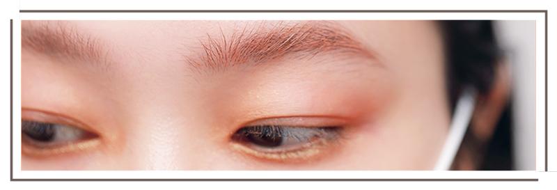 ピンクアッシュの眉マスカラ